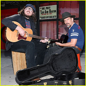 Ethan Hawke Grabs a Guitar While Promoting 'Blaze' in Austin!