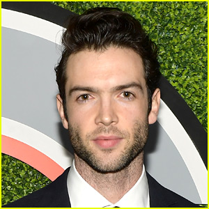 Ethan Peck Lands Role of Spock for 'Star Trek: Discovery'