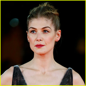 Rosamund Pike Says She Was Asked to Strip Down for Bond Girl Audition