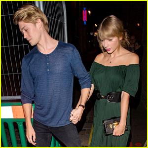 Taylor Swift & Boyfriend Joe Alwyn Step Out for a Date Night in London!