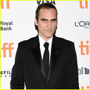 First Look at Joaquin Phoenix as The Joker in Makeup - Watch the Camera Test!