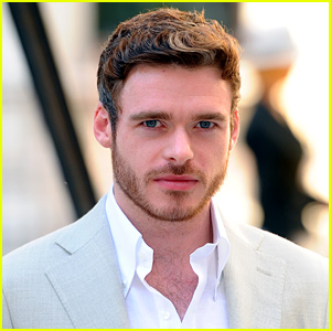 'Game of Thrones' Star Richard Madden Spotted Holding Hands with His Girlfriend! (Photos)