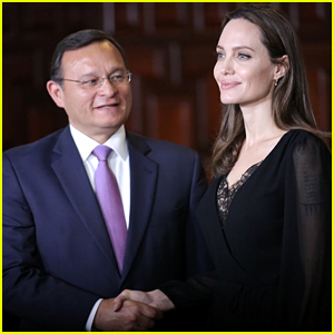 Angelina Jolie Travels to Peru to Help Venezuelan Refugees