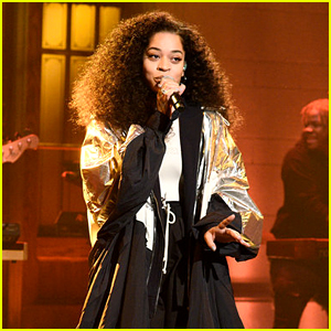 Ella Mai Performs 'Boo'd Up' & 'Trip' Live on 'SNL' (Video)