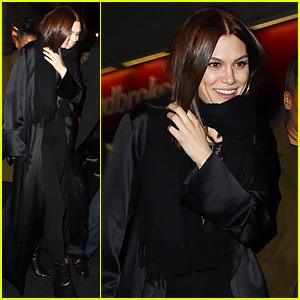 Jessie J Checks Out Boyfriend