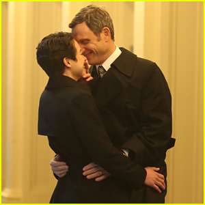 Tatiana Maslany & Tony Goldwyn Film a Kissing Scene for 'Network' Broadway Promo