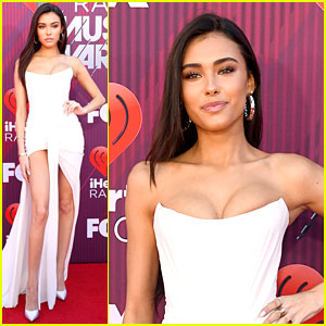 Madison Beer Goes Strapless at