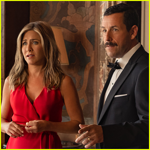 Here's What Jennifer Aniston Texted to Adam Sandler Ahead of Their Kissing Scene in 'Murder Mystery'