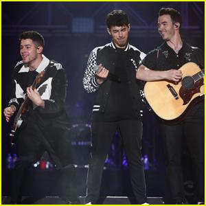 Jonas Brothers Rock Out at Wango Tango 2019!