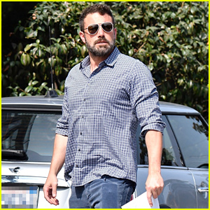 Ben Affleck Keeps It Cool While Arriving at Santa Monica Office