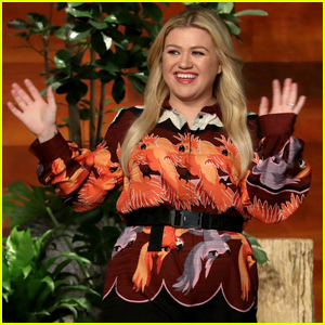 Kelly Clarkson Explains Why She Turned Down Initial Talk Show Offers - Watch Now