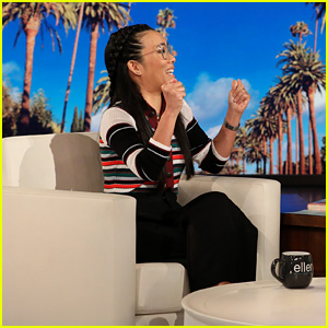 Ali Wong Once Bombed in Front of Eddie Murphy - Watch!