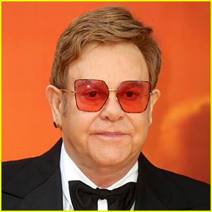 Elton John Recalls the Moment He First Started Using Cocaine