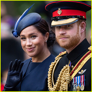 Royal Photographer Chooses 3 Best Photos of Meghan Markle & Prince Harry Taken This Year!