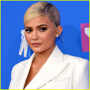 Kylie Jenner Flew on the Same Helicopter From Kobe Bryant's Crash, Took Dream On It For Her Birthday