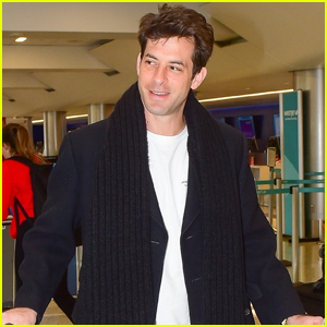 Mark Ronson Catches Morning Flight Out of Los Angeles