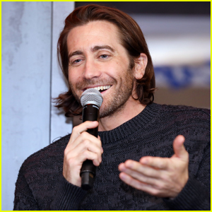 Jake Gyllenhaal Visits Palo Alto to Discuss Cybersecurity in Hollywood