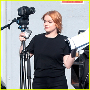 Ariel Winter Picks Up Camera Equipment For Quarantine