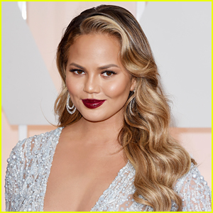 Chrissy Teigen is Responding to Troll Asking if She Lost 50 lbs
