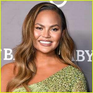 Chrissy Teigen Didn't Know She Was Pregnant Before Her Breast Implants Removal Surgery