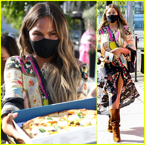 Chrissy Teigen Passes Out Pizzas After Shopping in West Hollywood