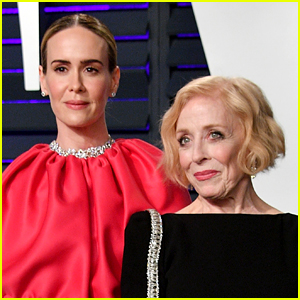 Sarah Paulson Reveals Why People Are So Preoccupied with Her & Holland Taylor's Age Gap
