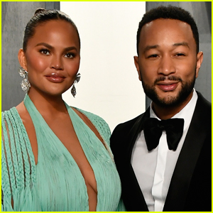 Chrissy Teigen Reveals She Suffered a Miscarriage After High Risk Pregnancy
