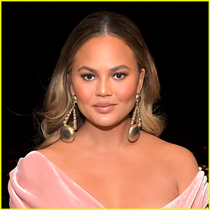 Chrissy Teigen Reveals What Happened During Her Pregnancy Loss, Explains Why She Shared Those Pics