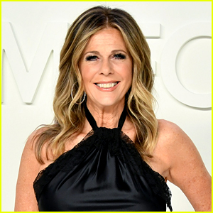Rita Wilson Reveals She Still Has COVID-19 Antibodies Nearly 9 Months After Recovering