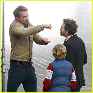 Ryan Reynolds Films Netflix Movie 'The Adam Project' With Mark Ruffalo!