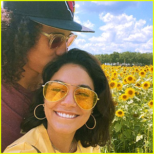 Vanessa Hudgens Tells the Story of How She Fell in Love During the Pandemic
