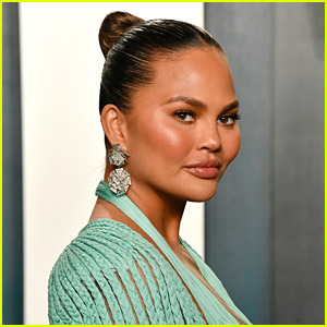 Could Chrissy Teigen Be Planning a Tell-All Interview?