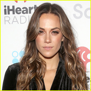 Jana Kramer Reveals She Sold Her Wedding Ring Amid Divorce from Mike Caussin