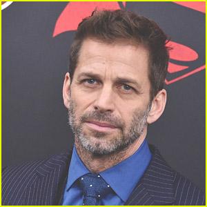 Zack Snyder Weighs In on the Batman Oral Sex Debate